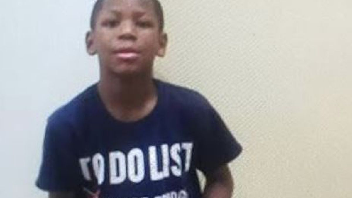 Strongsville police searching for missing 8-year-old boy