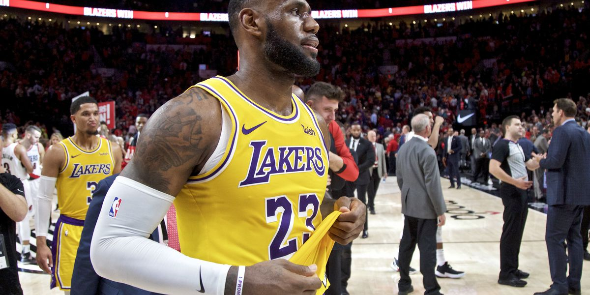 lebron james loses first game with los angeles lakers