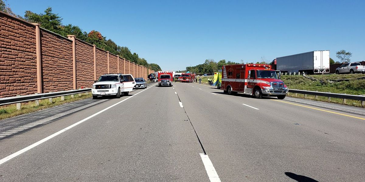 3 medevac helicopters sent to crash that shut down I-71 in