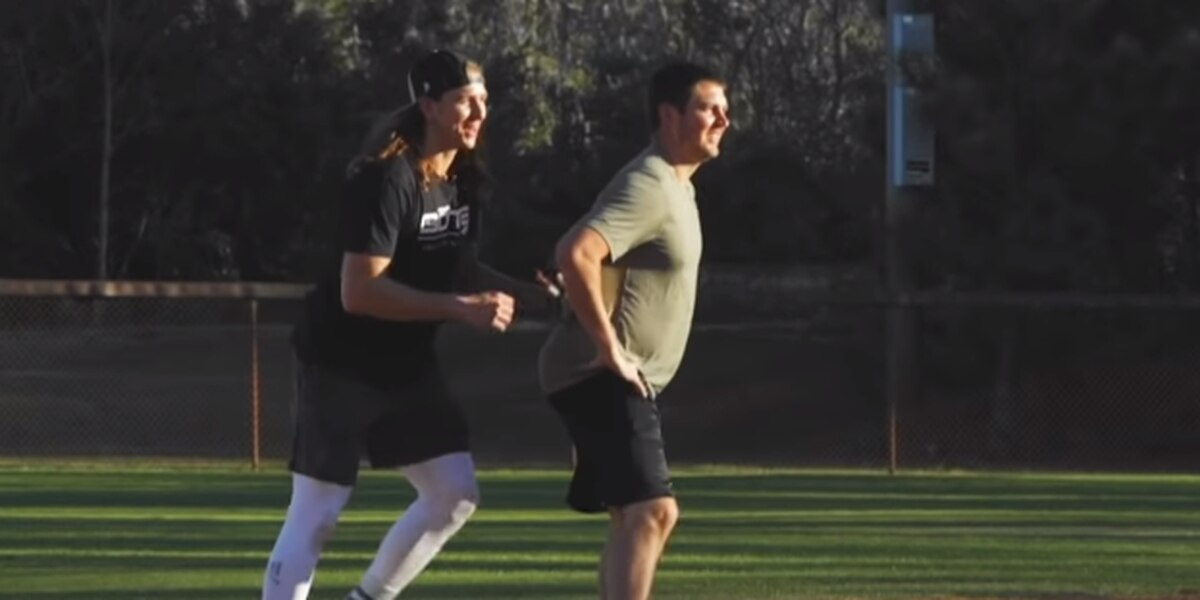 Trevor Bauer, Mike Clevinger were mic'd up to play in a high school baseball scrimmage (video)