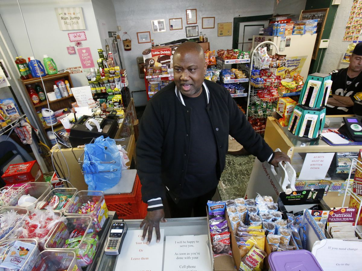 Ohio's food stamp benefits coming early as federal shutdown stirs uncertainty