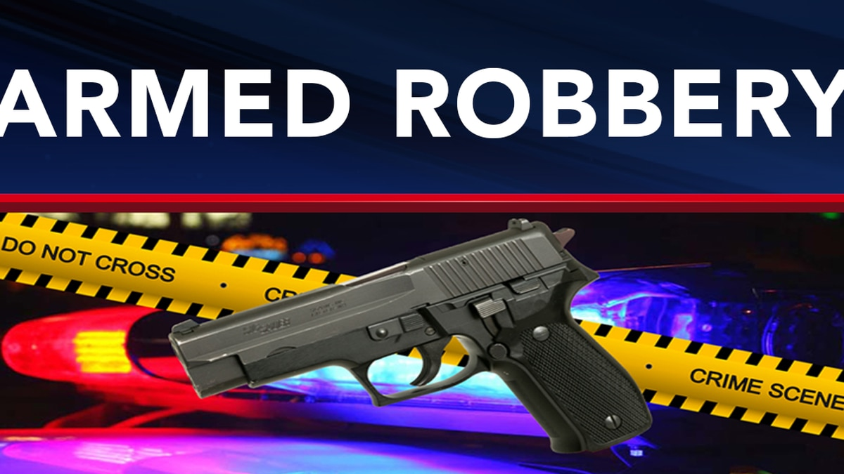 Police: Suspect robs Akron Dollar General, holds three employees at gunpoint