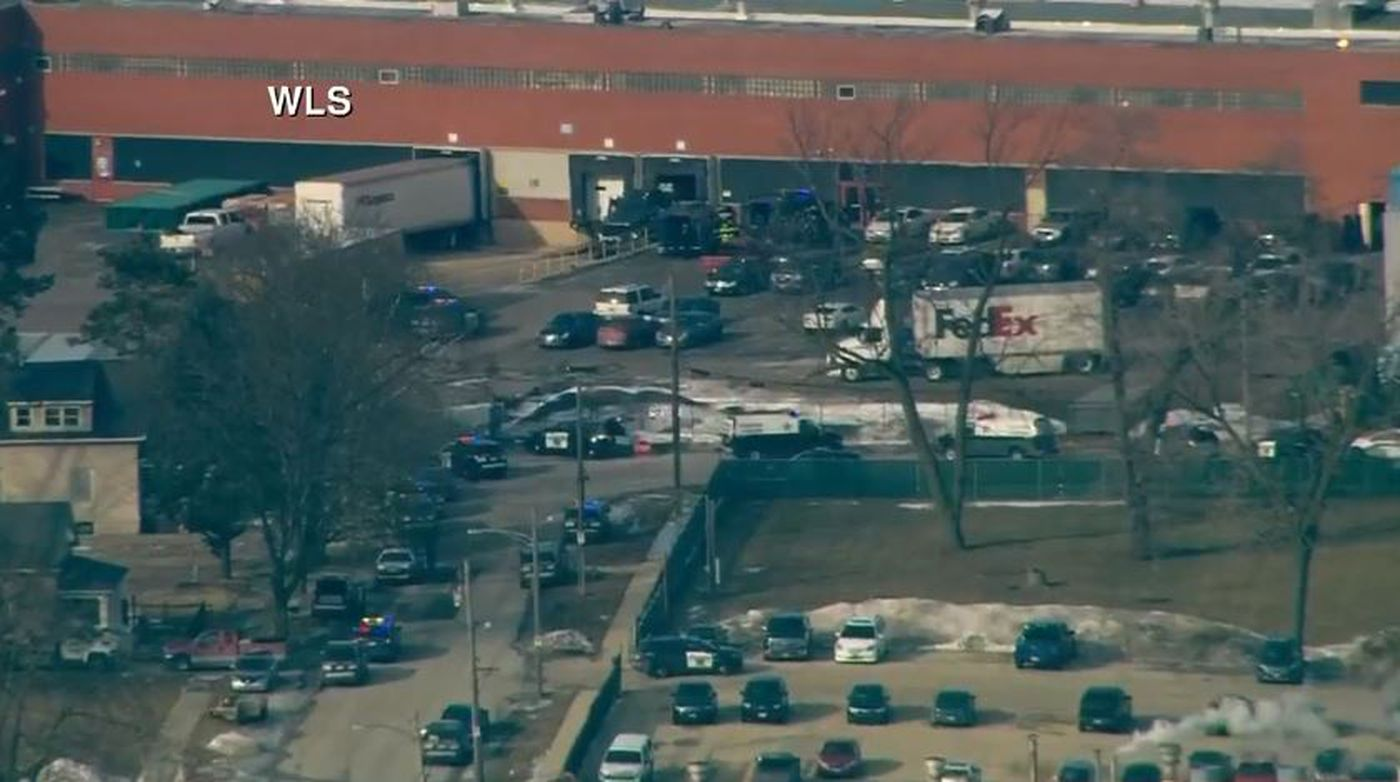 Multiple people wounded by shooter at suburban Chicago business