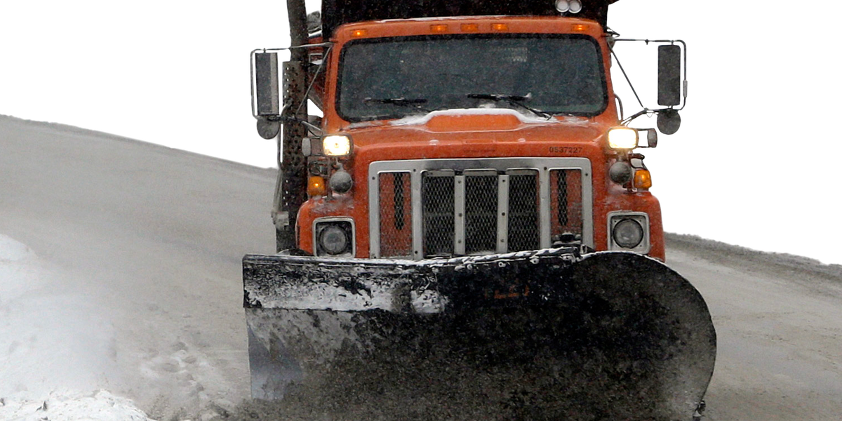 ODOT issues warnings to keep you safe on the road among the snowplows