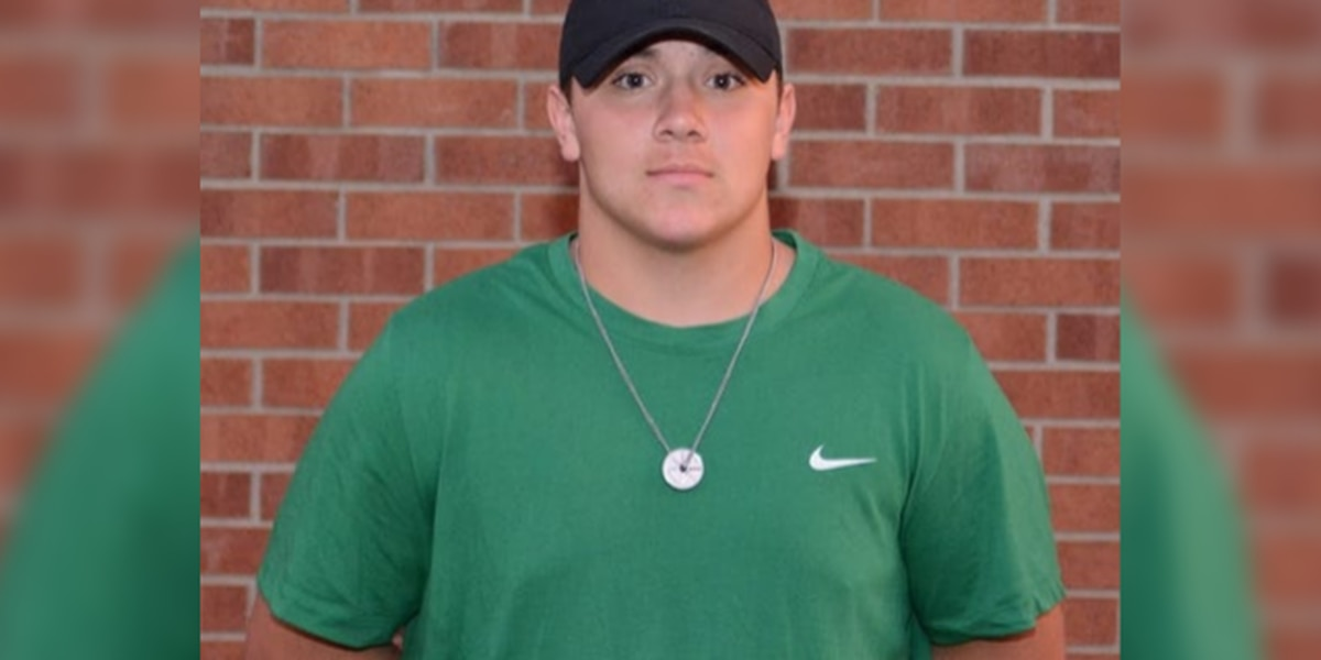 Mansfield-area high school football player lifts car off neighbor's chest, saving his life