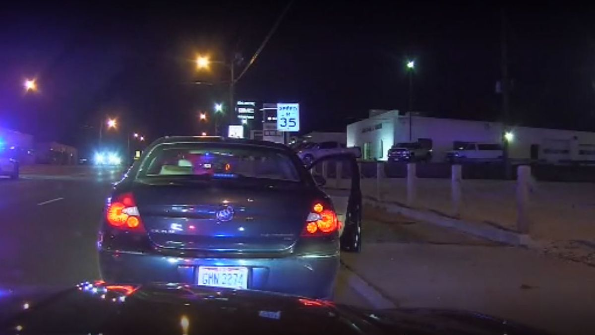 Ohio State Troopers move in towards gunfire and save a mans life