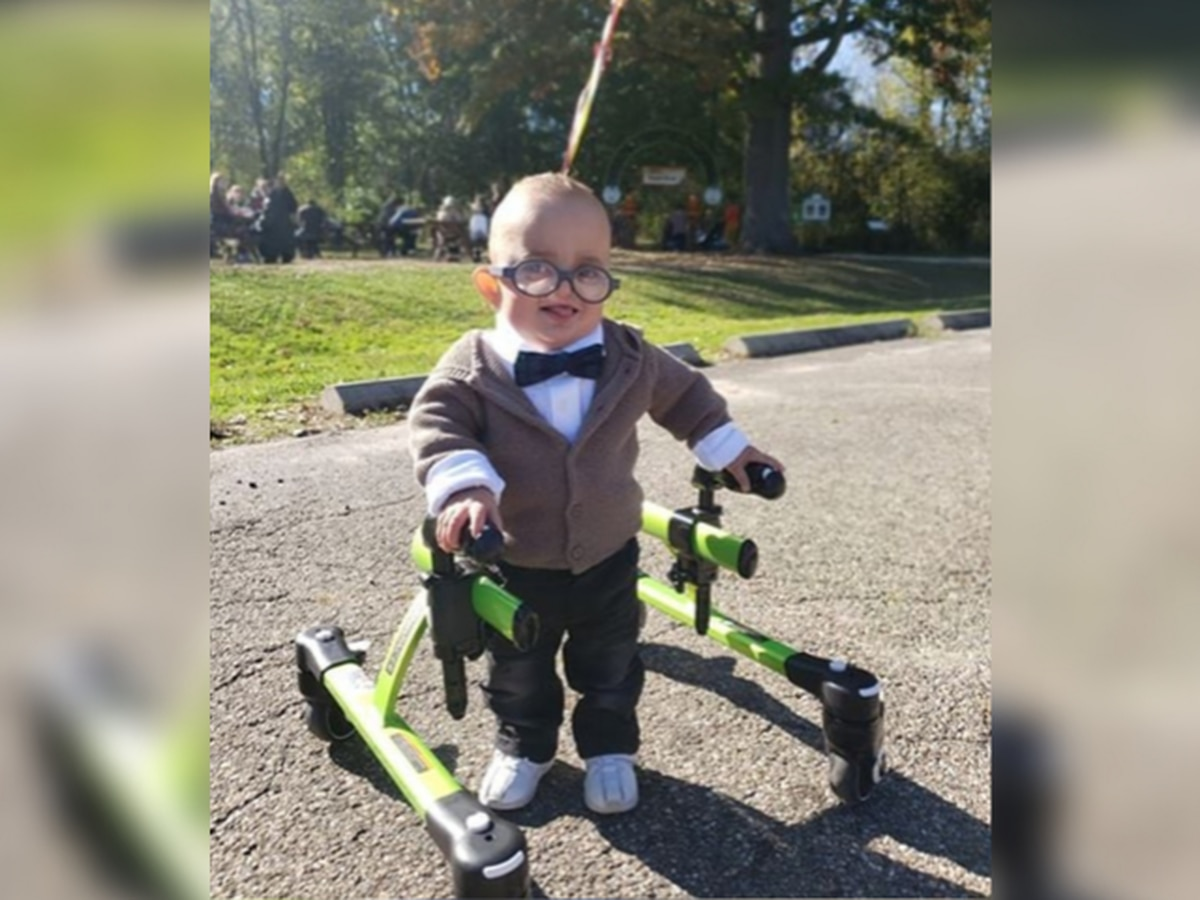 2-year-old Akron Children's Hospital patient incorporates medical equipment into Halloween costume