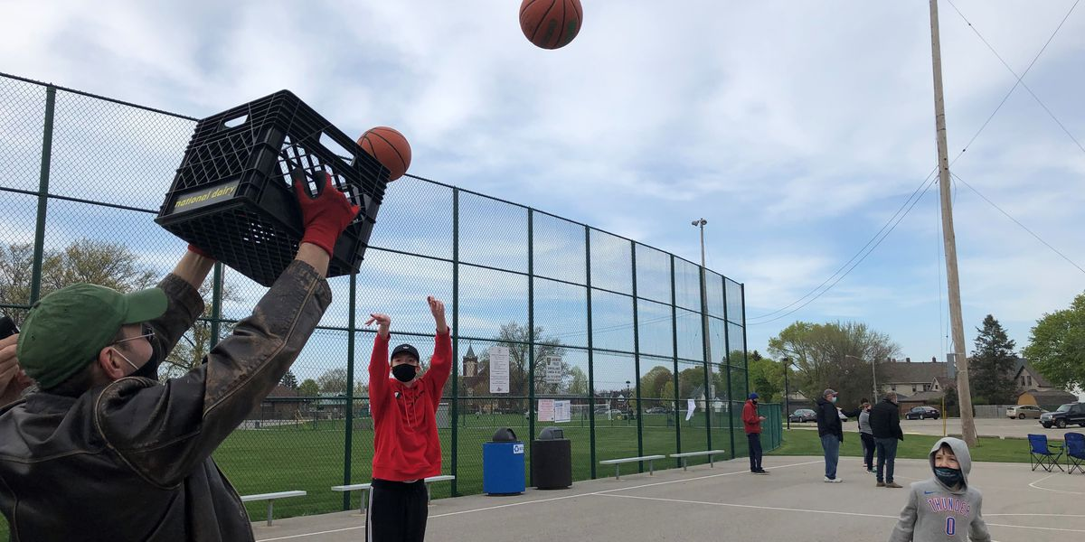 With basketball options limited, parents and concerned citizens want Lakewood to reinstall basketball hoops at Madison Park
