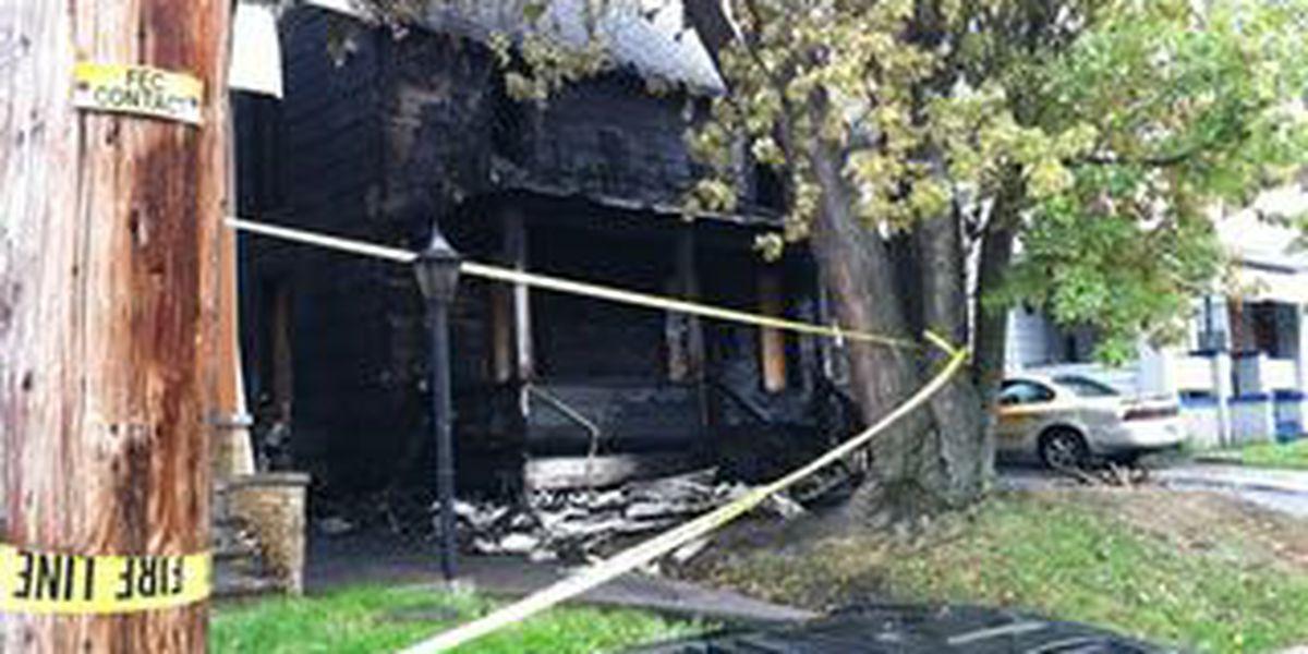 Akron firefighter injured while battling blaze