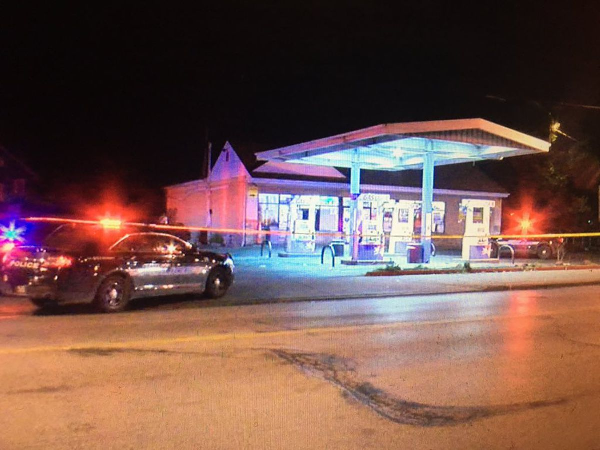 1 killed, 1 injured in overnight shooting at Cleveland gas station