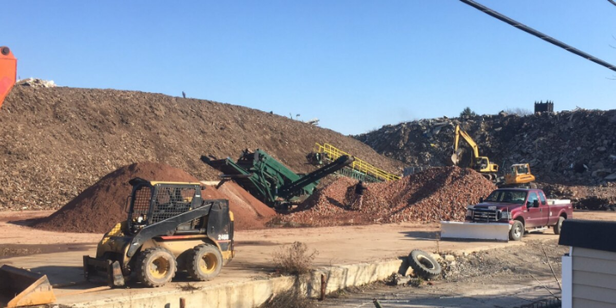 East Cleveland Residents test Noble Road dump
