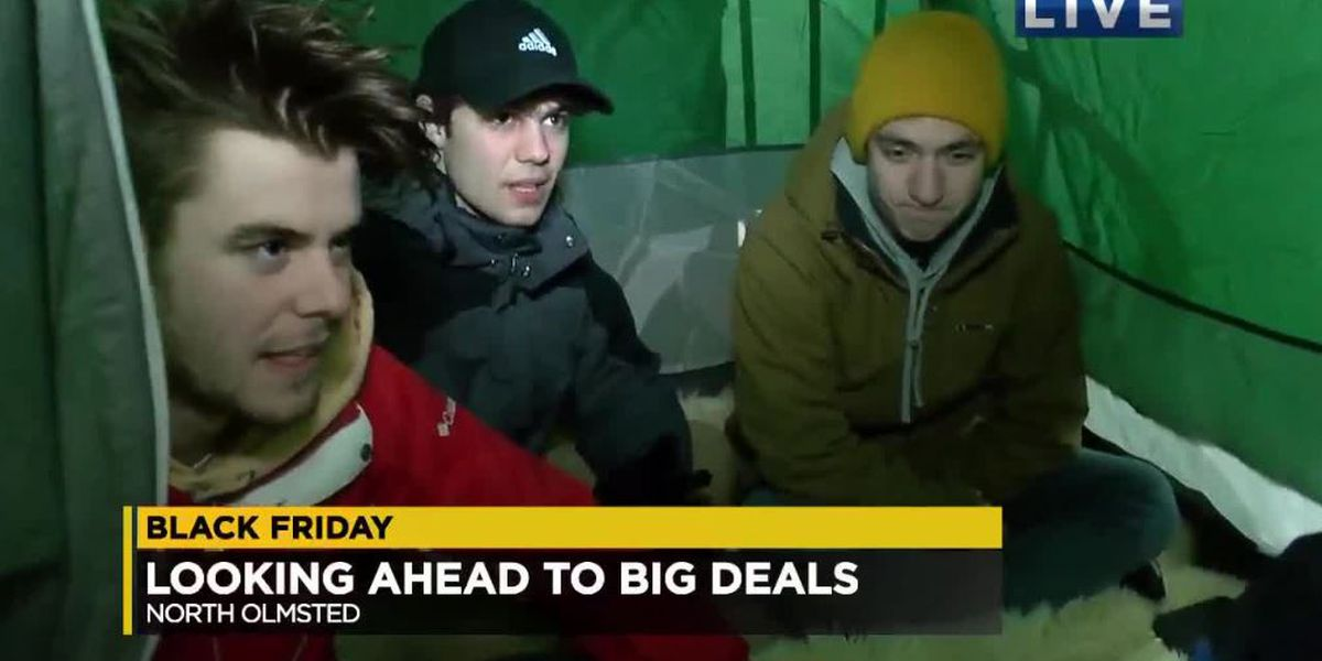 Black Friday shoppers camp out early to scope out North Olmsted Best Buy