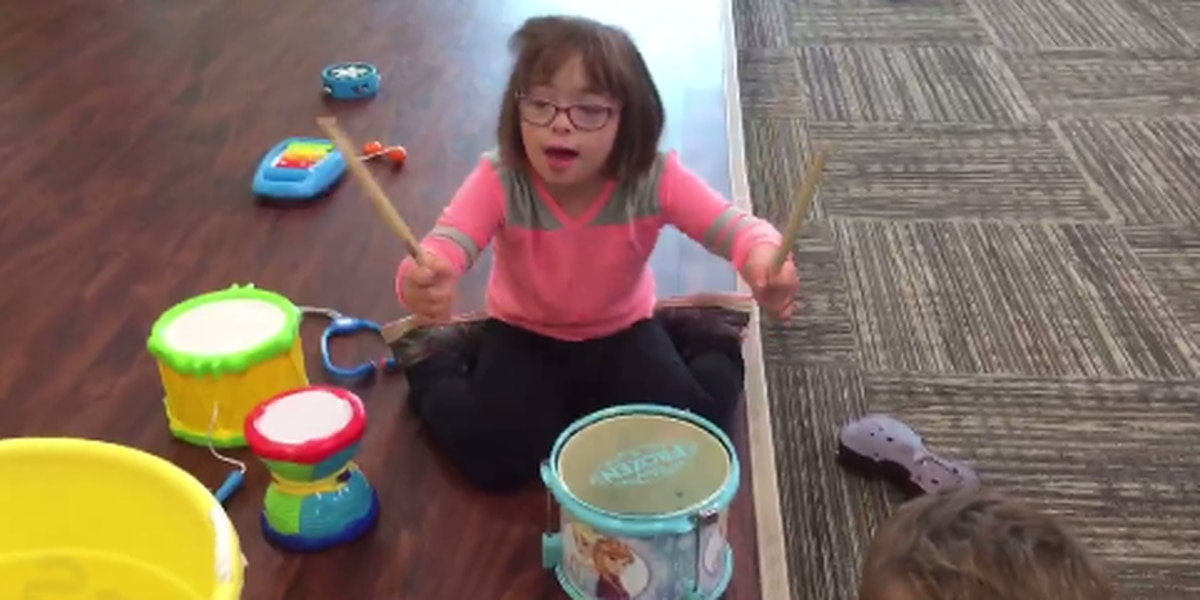 Lakewood achievement center celebrates lives of those with Down syndrome