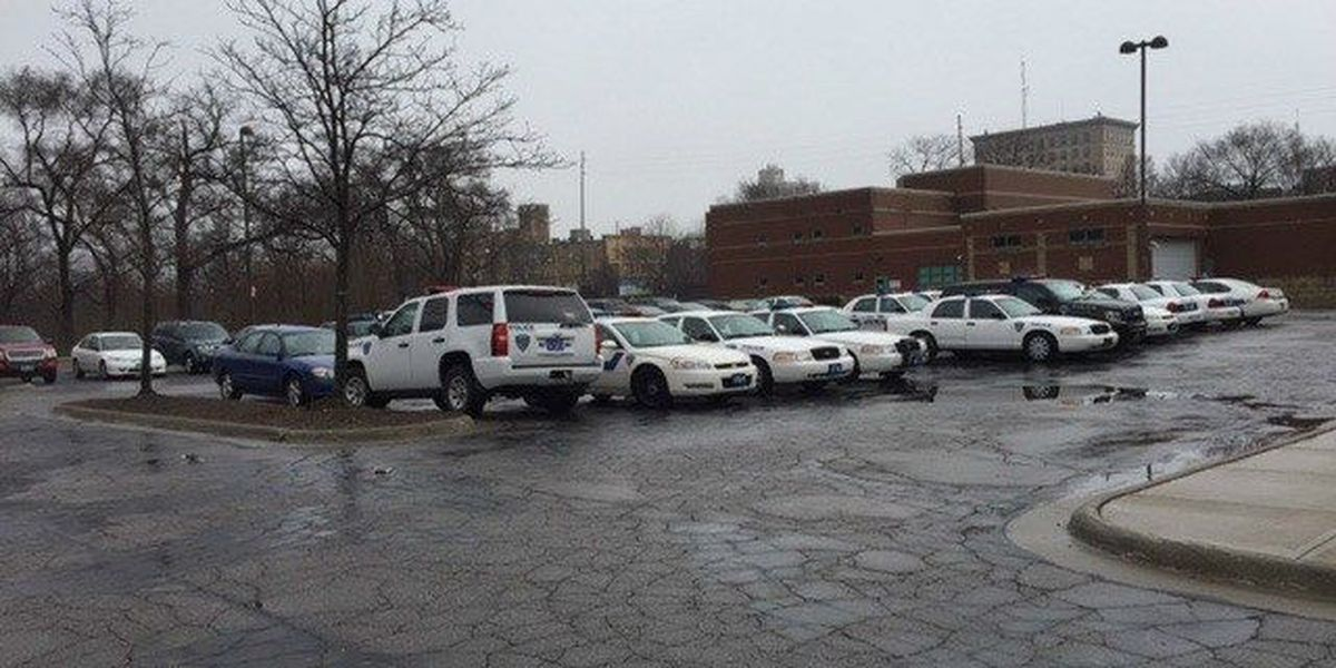 Elyria chief worried about safety after 3 cruisers break down during chase