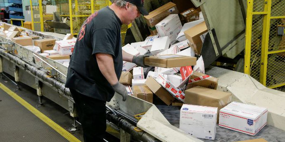 Here's your 2018 USPS, FedEx and UPS holiday shipping deadline guide