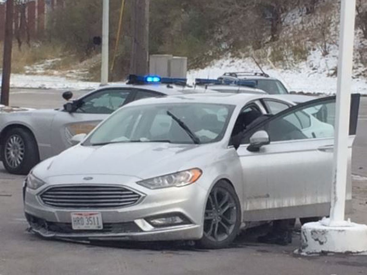 Chase involving Ohio State Highway Patrol troopers ends in crash in Euclid