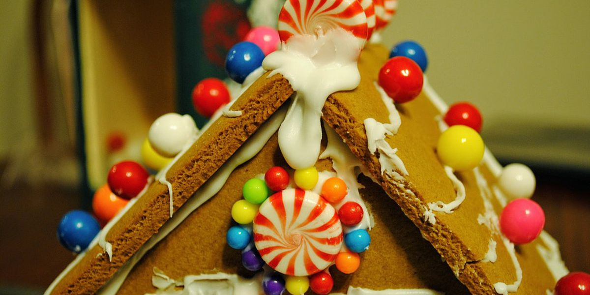 Gingerbread event promotion draws backlash for reference to sex slaves, Cleveland foreclosure crisis