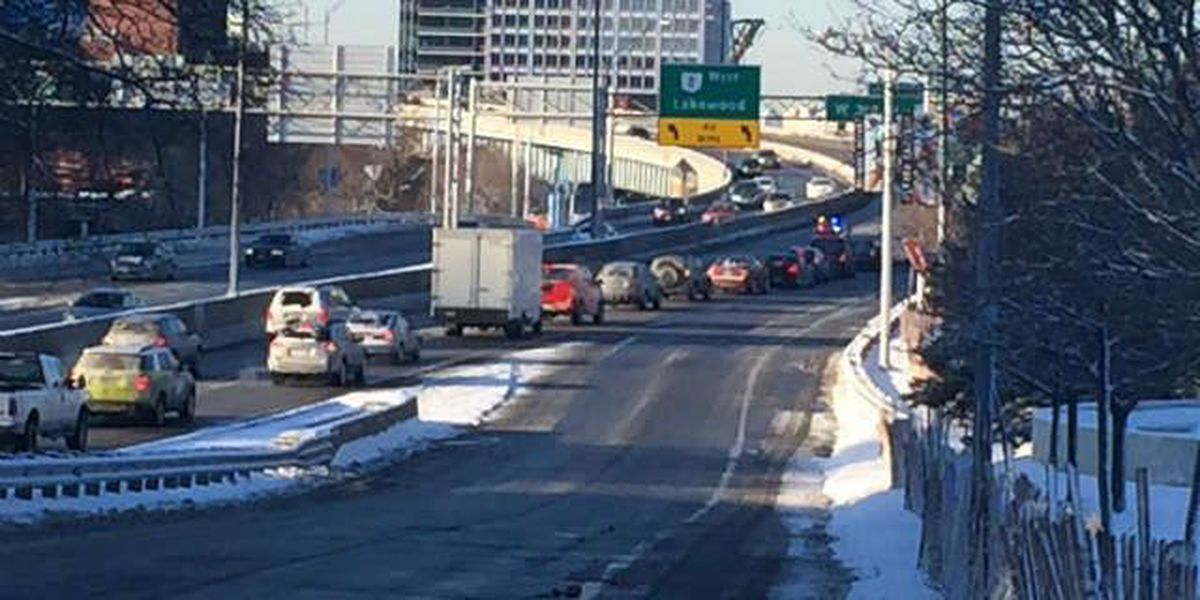 Shoreway WB from E. 9th back open, dangerous morning commute due to icy conditions