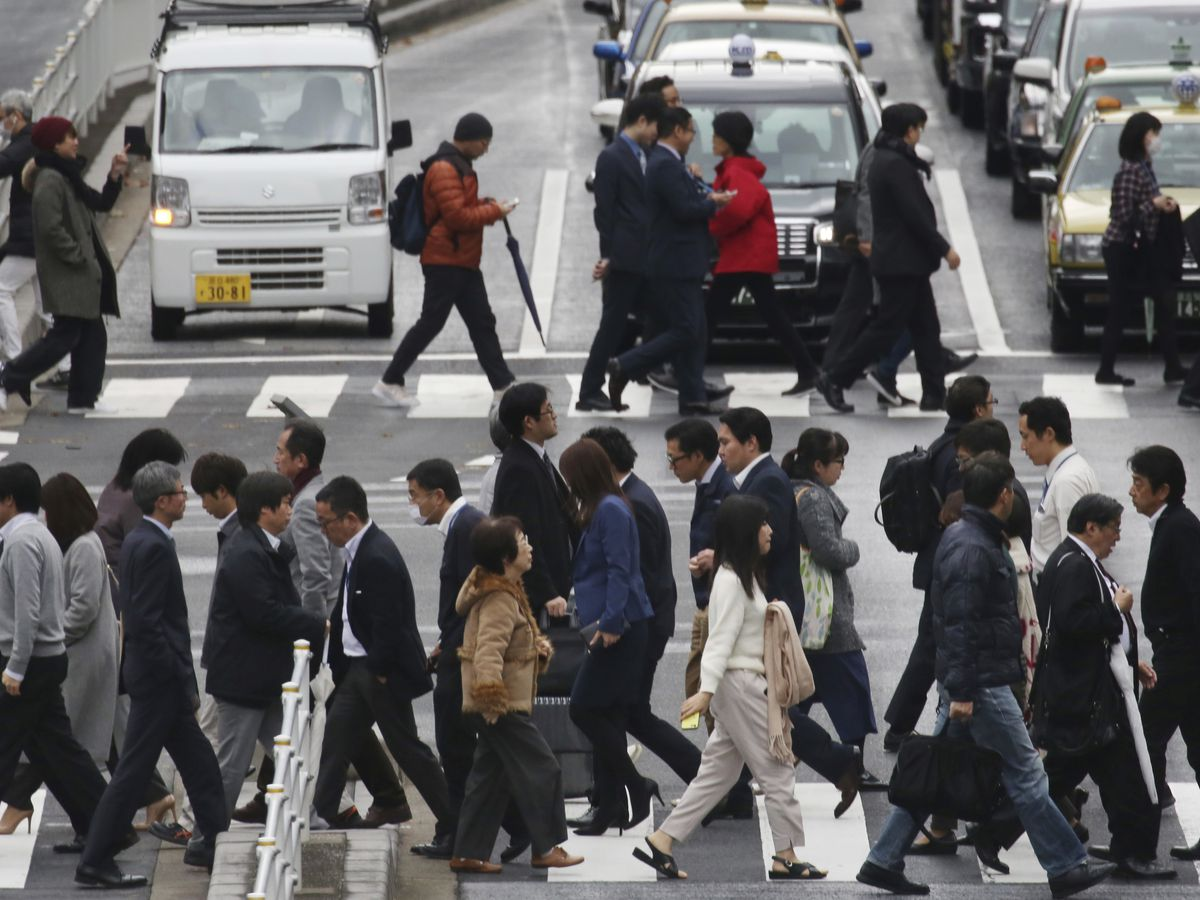 Japan's 'tankan' economic survey shows sentiment flat