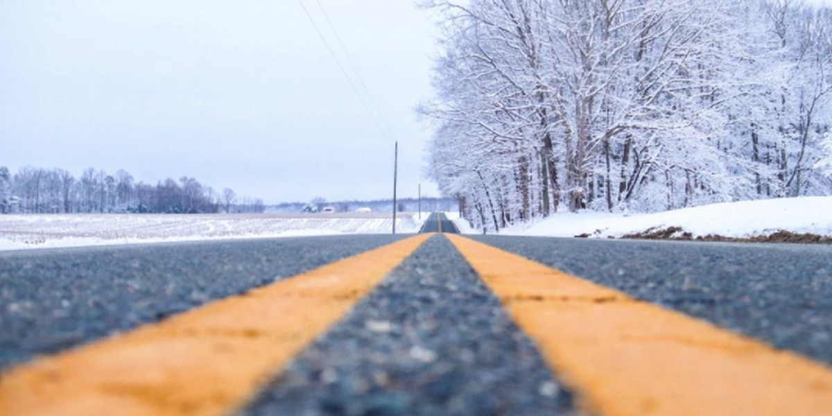 Poor driving conditions: Snow triggers crashes, slow downs