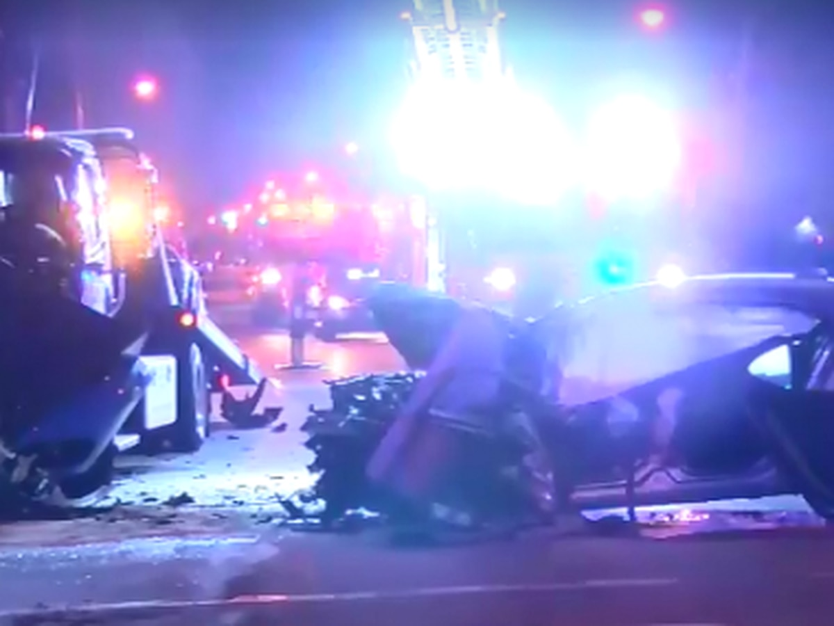 Tow truck driver pinned under car during head-on collision in Fairview Park will lose lower leg