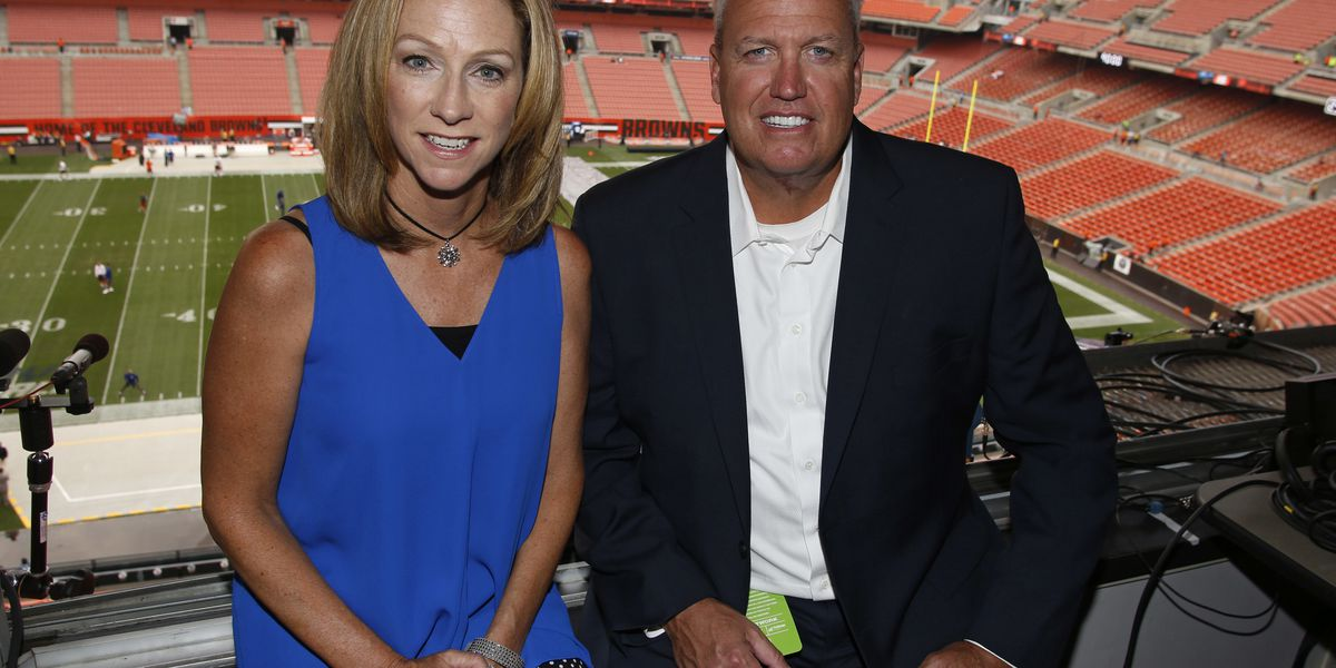 Cleveland Browns fans react to female NFL announcer Beth Mowins, she's actually been broadcasting games for 25 years