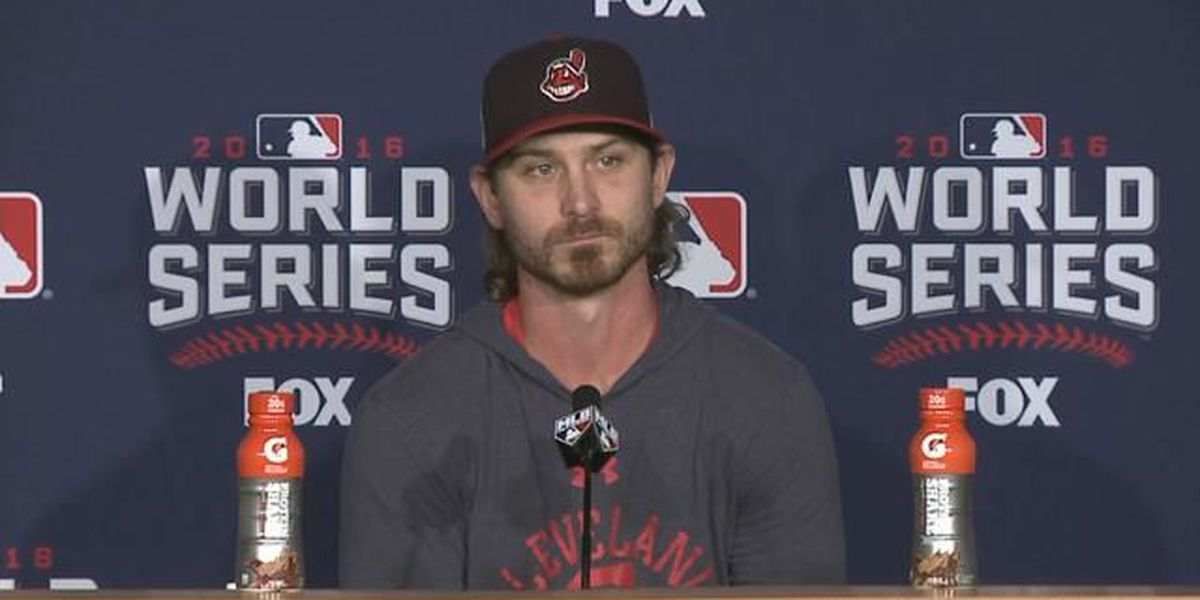 Josh Tomlin: 'Our main focus right now is to try and win this thing'