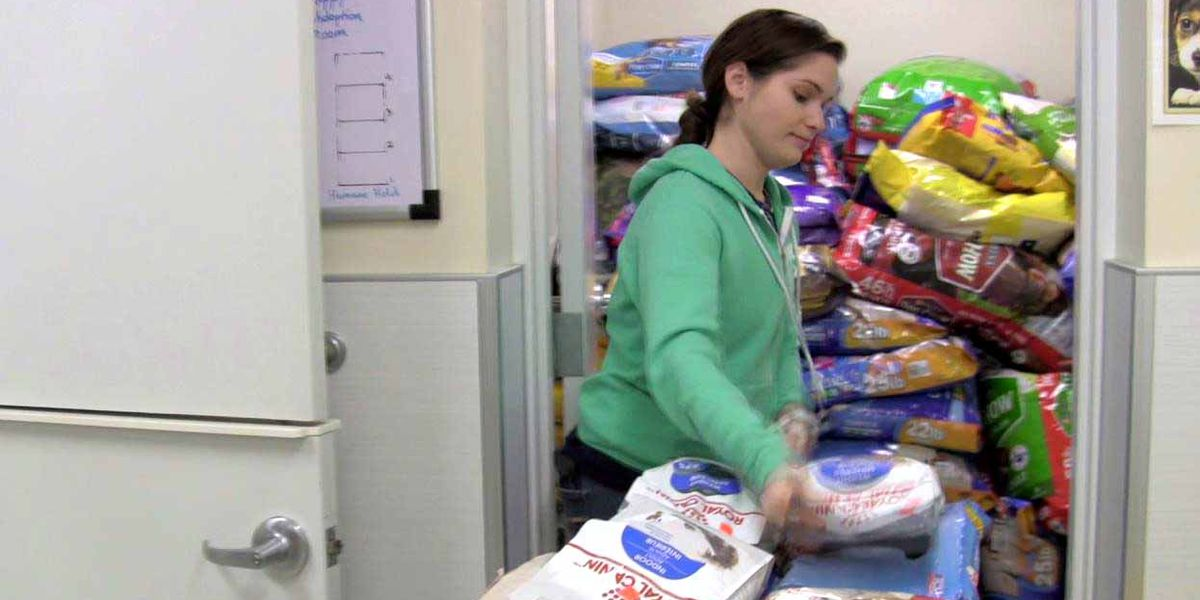 Pet Food Pantry available in Geauga County for those in need