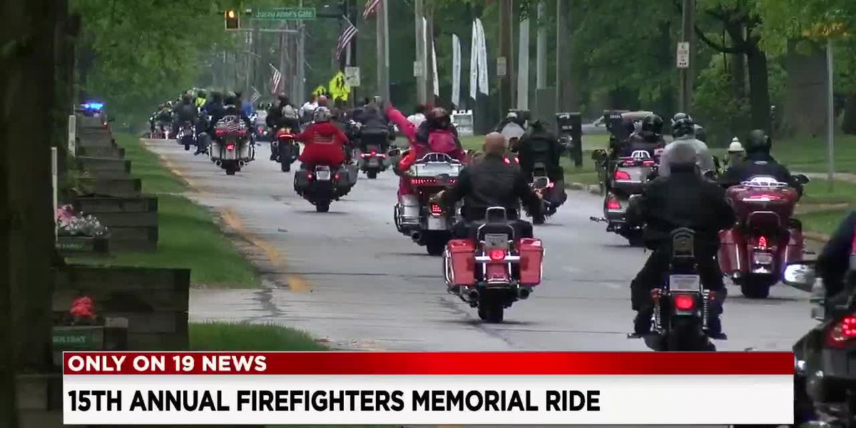 Hundreds roll out for the 15th Annual Firefighters Memorial Parade