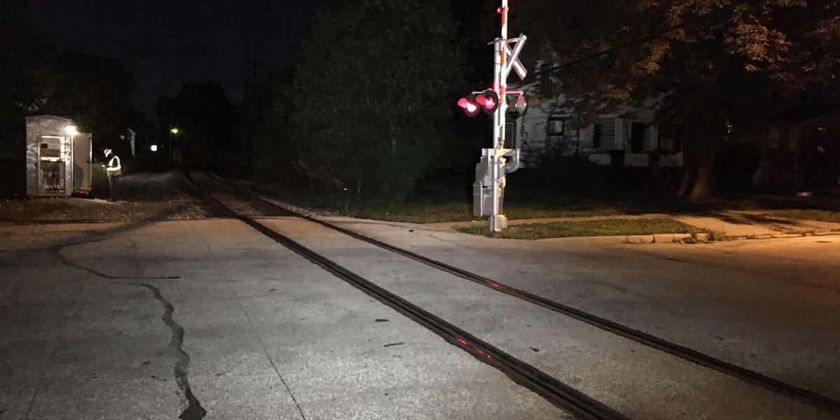 22-year-old dies after being struck by train in Lakewood, police say