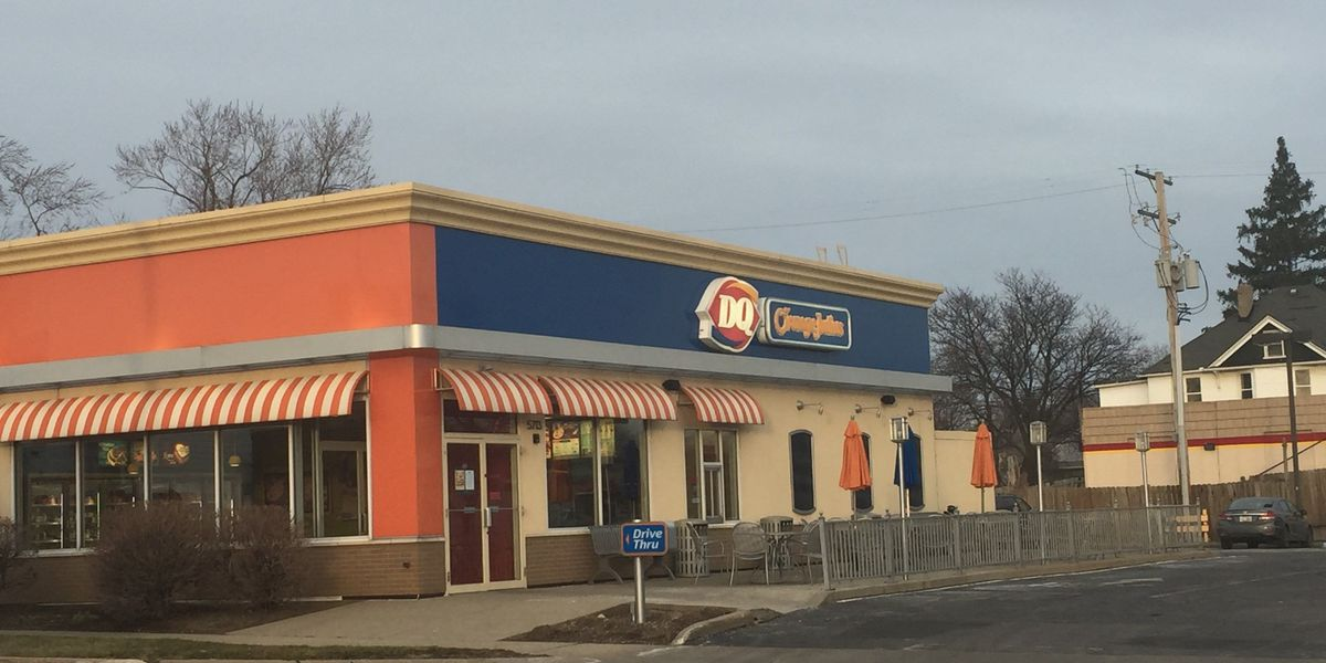 No DQ employees injured after manager shoots armed robbery suspect