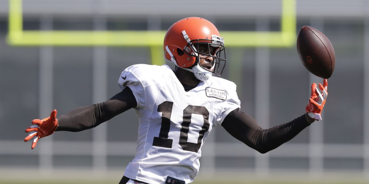Browns waive WR Jaelen Strong, missed 2018 with knee injury