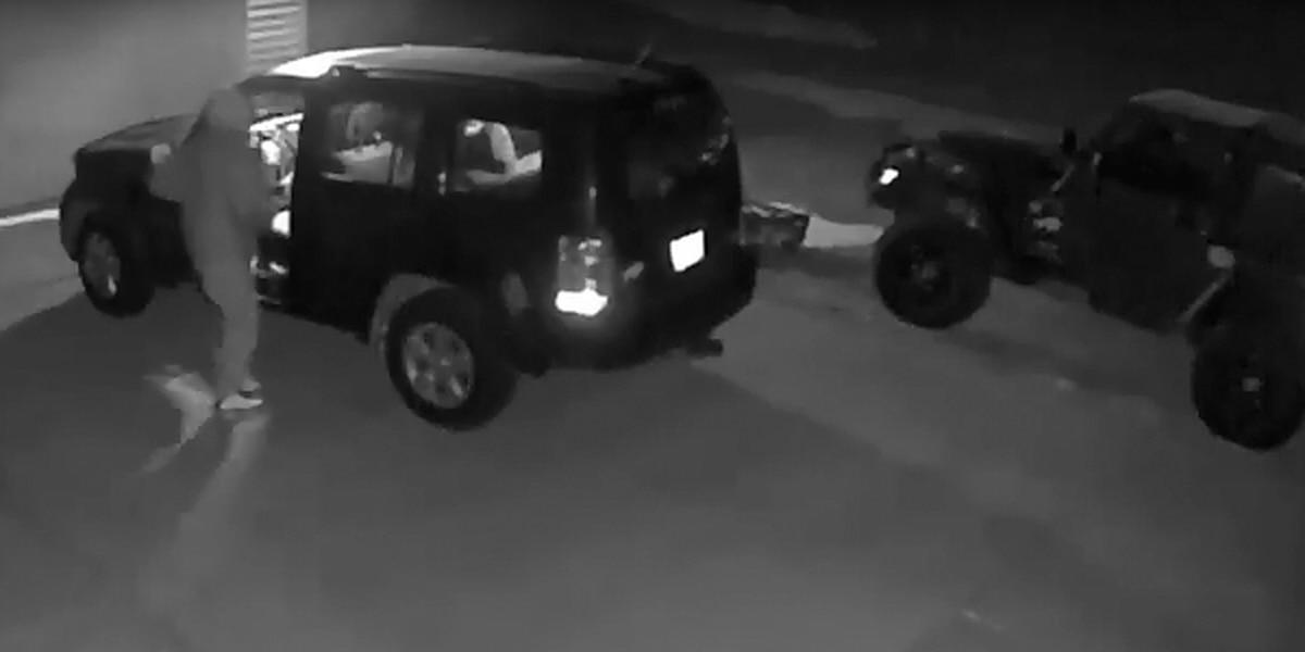 Akron police investigating rash of vehicle break-ins