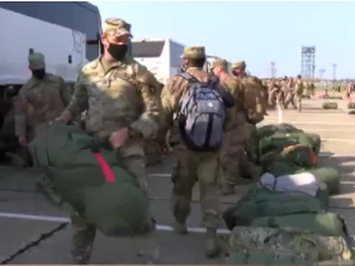 War and love: Ohio National Guard troops arrive home to family and friends they've missed for months