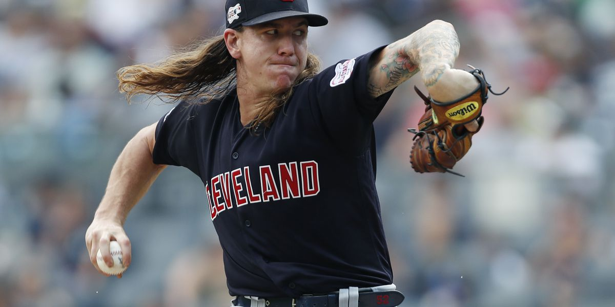 Clevinger fans 10, Indians tame Yankees 8-4 for 4-game split