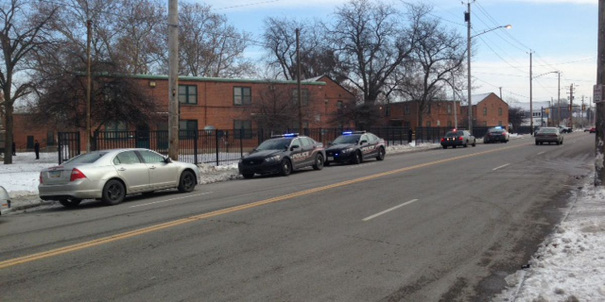Two people shot, 1 dead on Cleveland's East side