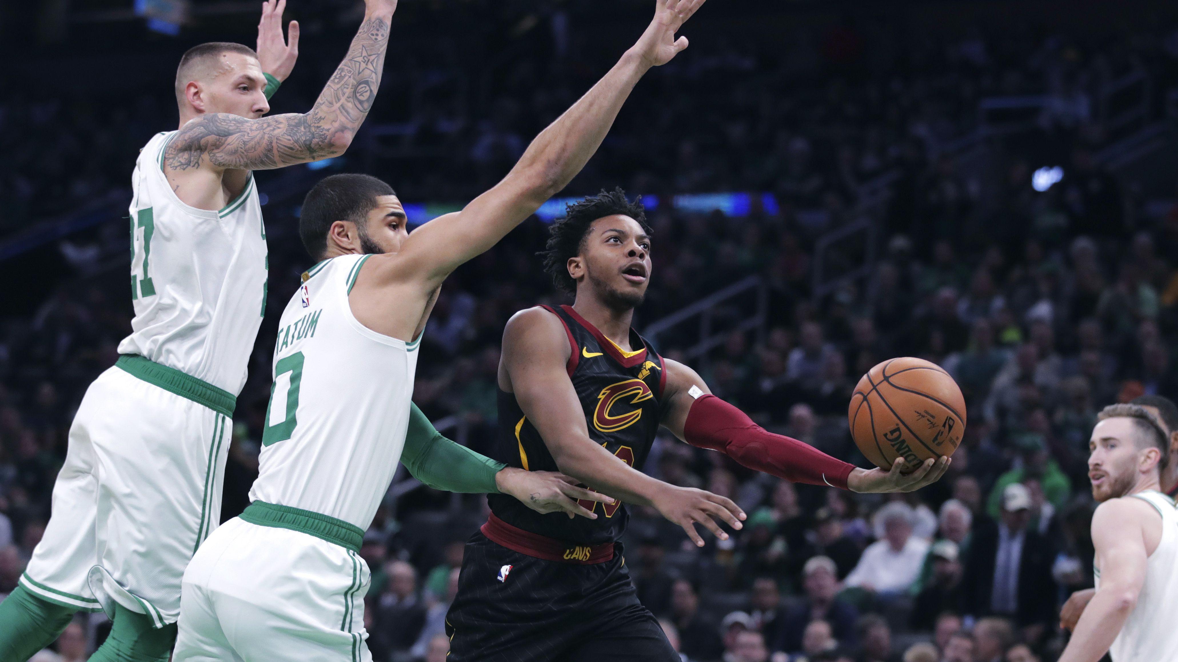 Celtics crush Cavs