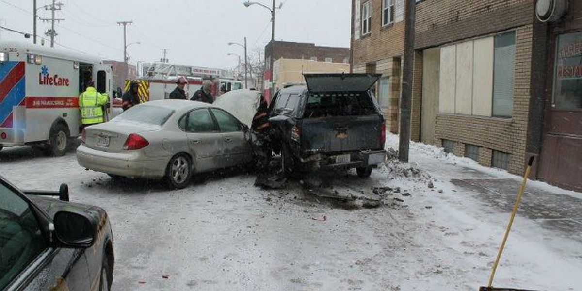 Lorain city worker pinned between vehicles after crash