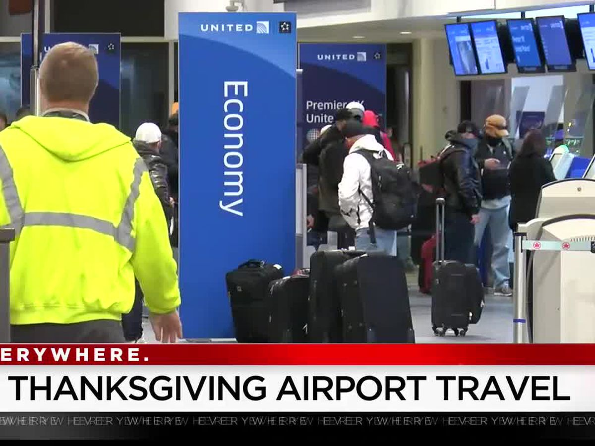 Holiday travel continues despite pandemic