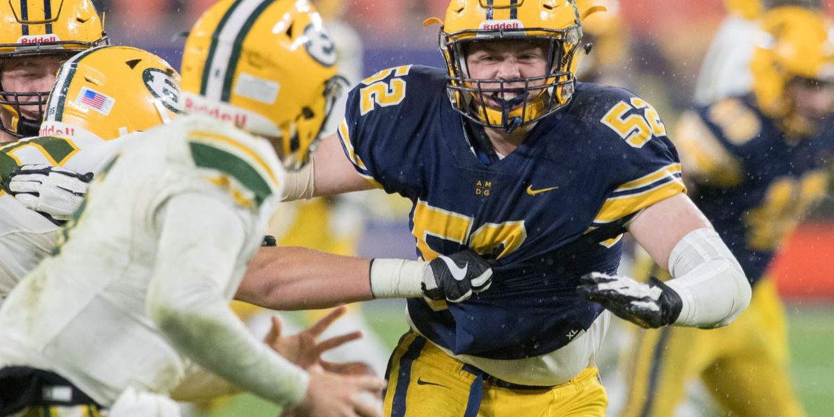 Ignatius falls to Ed's in playoff battle; plus, catch Friday's HS football highlights