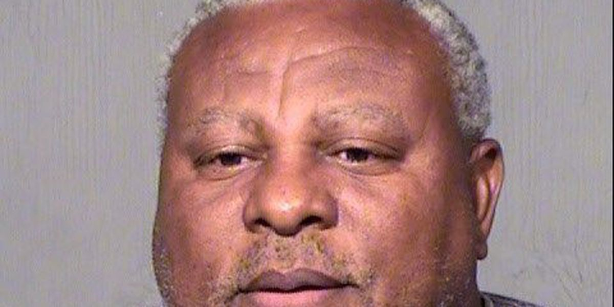 Ex-Indians slugger Albert Belle's arrest stems from indecent exposure to minors