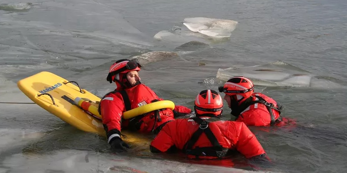 Dangerous ice conditions, Coast Guard warns people in Ohio