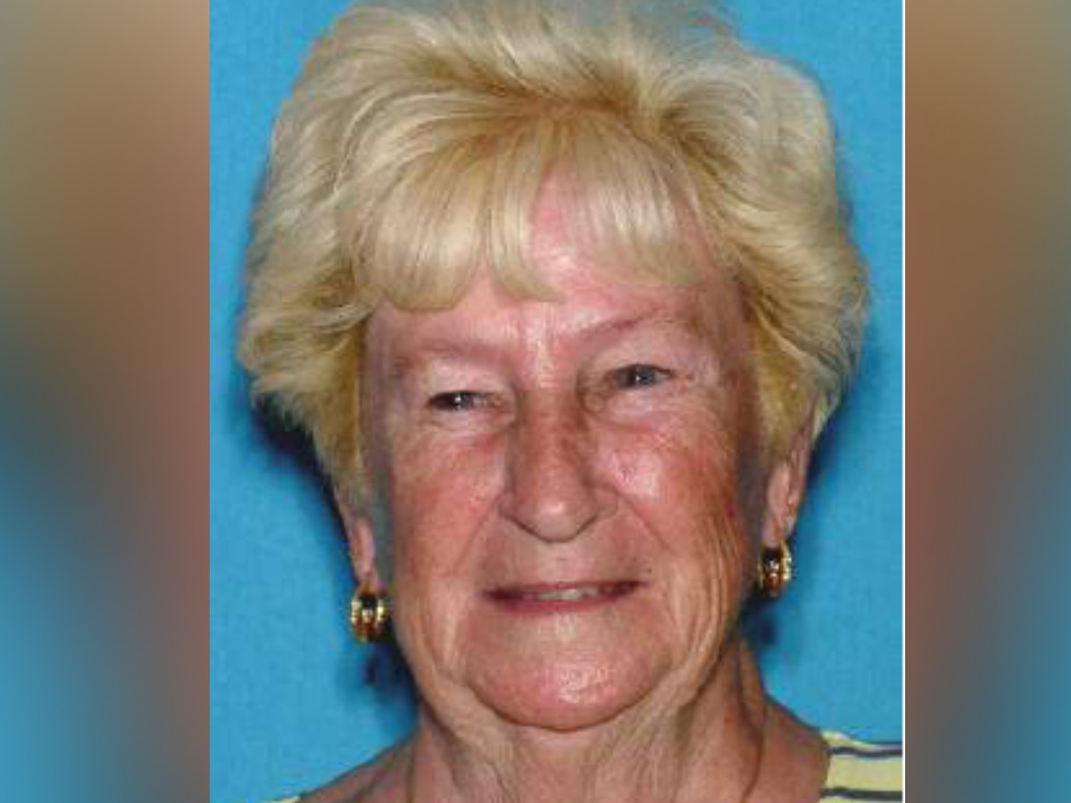 Englewood Police Department searching for missing 83-year-old woman who suffers from Dementia