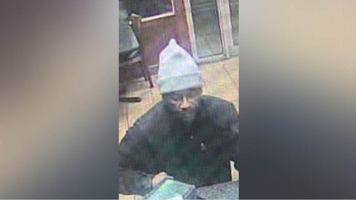 Lorain Police searching for suspect who robbed multiple convenience stores and gas stations