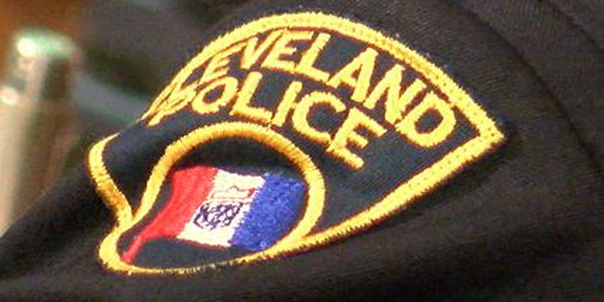Cleveland police officer indicted on charges of felonious assault and abduction