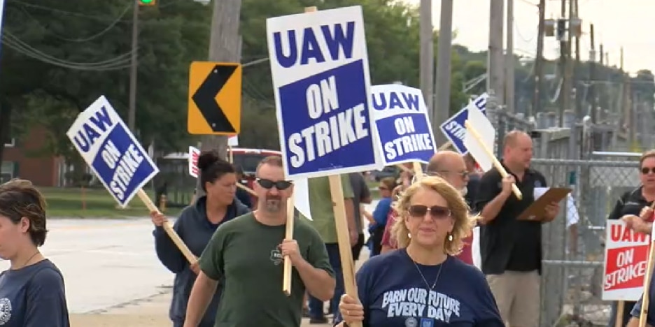 GM-UAW finalize labor deal, signaling end to 40-day strike that cost auto giant $2 billion