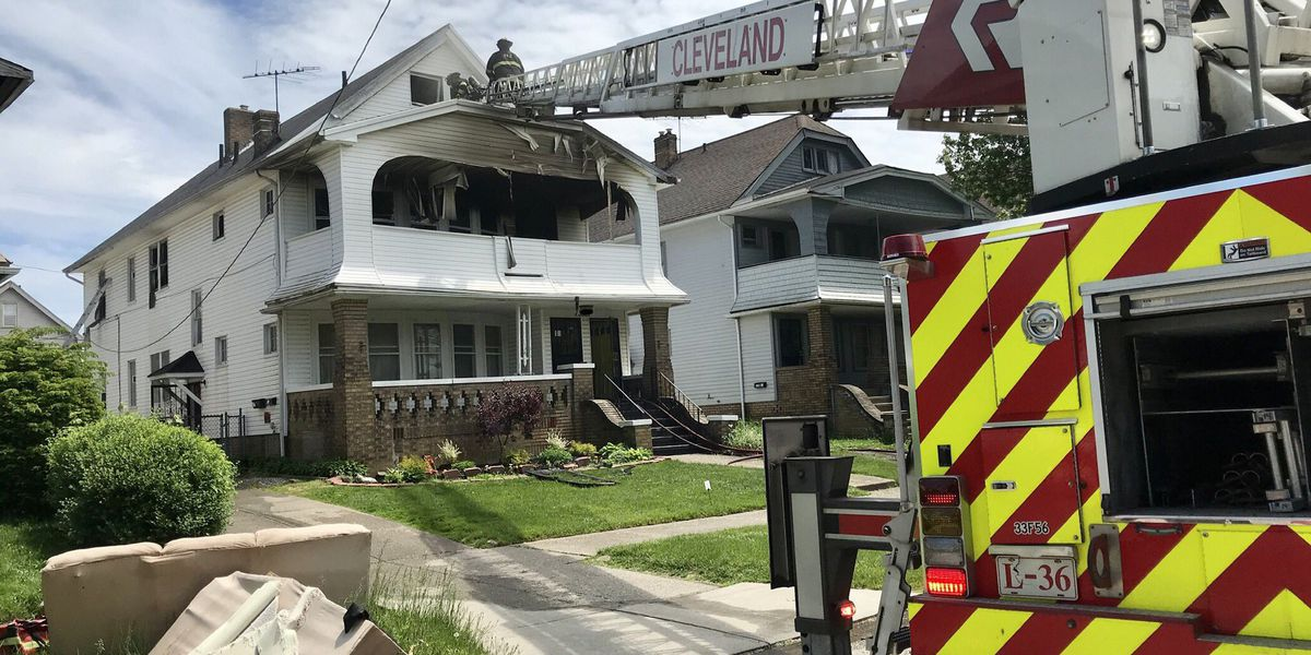 3 kids saved from Cleveland house fire