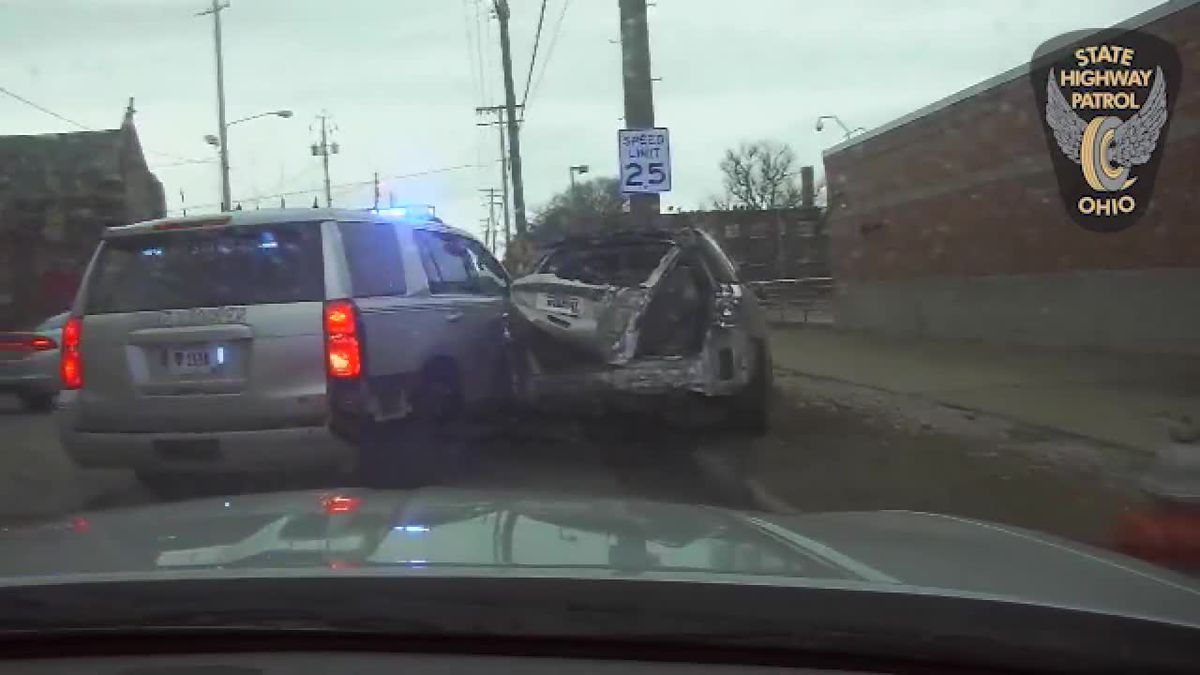 Woman faces felony charges after leading Ohio troopers on death-defying chase (dashcam)