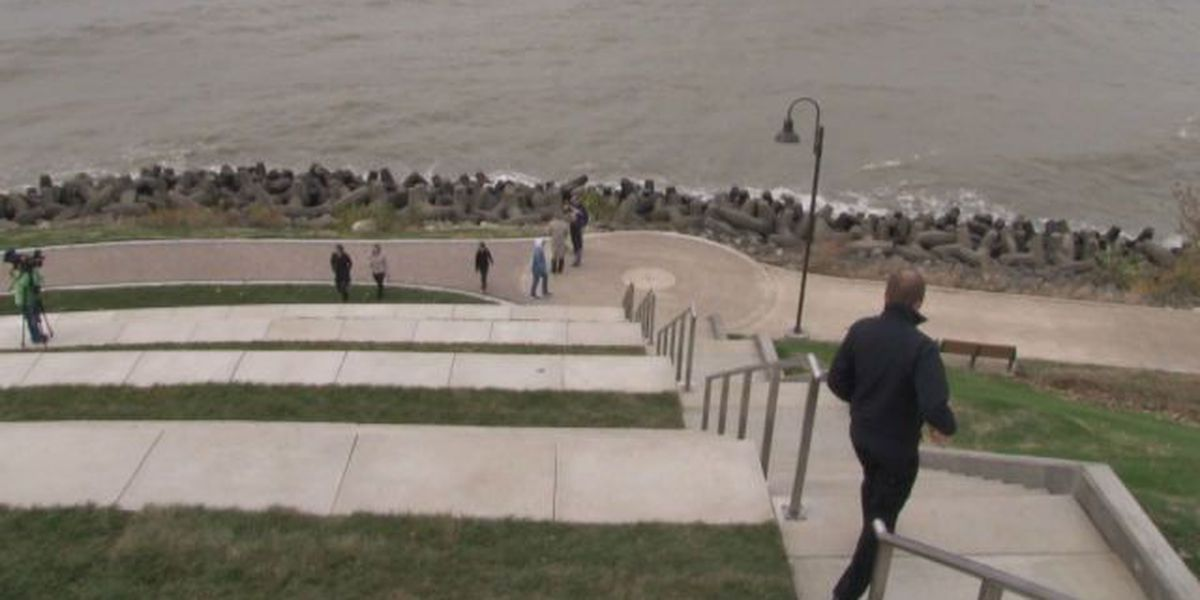 'Solstice Steps' provide new path to Lake Erie