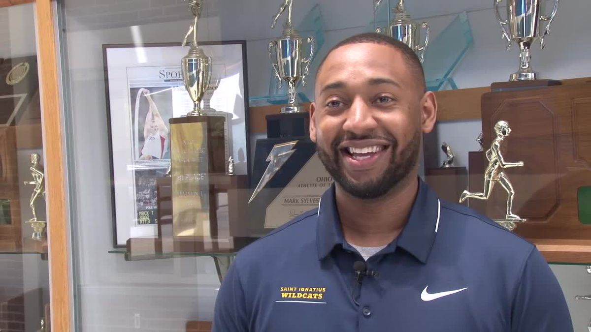 St. Ignatius hires Cameron Joyce to lead hoops, first African-American head coach in school history
